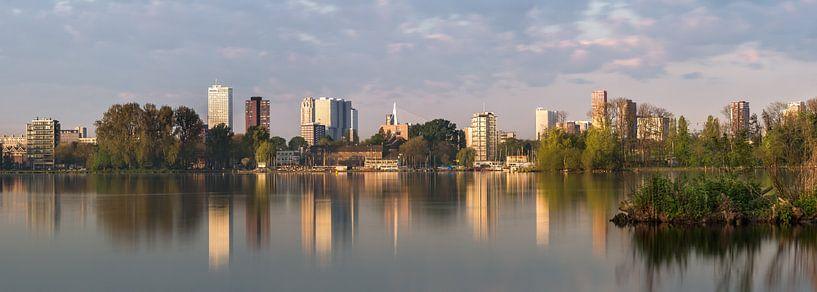 Skyline vanaf Kralingse plas van Prachtig Rotterdam