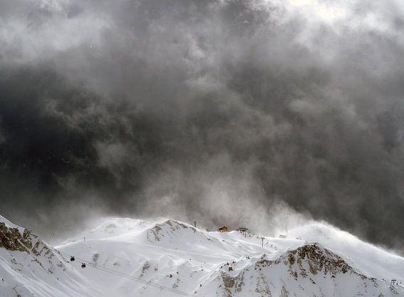 Sneeuwstorm in de Alpen