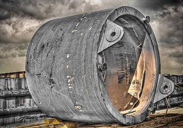 U.S.O Unidentified Stationary object van Jerome Coppo
