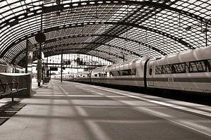 Bahnsteig - Hauptbahnhof - Berlin