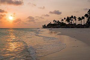 Zonsondergang op Druif beach op Aruba