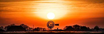 Zonsondergang nabij Grutte Wierum van Harrie Muis