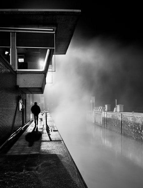 Smoky Water van Tim Corbeel