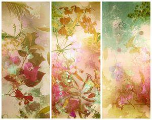 Triptyque avec des fleurs pittoresques.