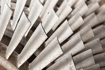 Industriele metalen turbine bladen van Tonko Oosterink