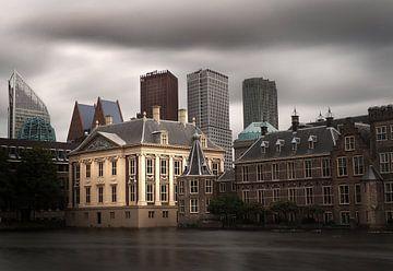 Den Haag: Mauritshuis, torentje, hofvijver en ministeries von Robert-Jan van Lotringen