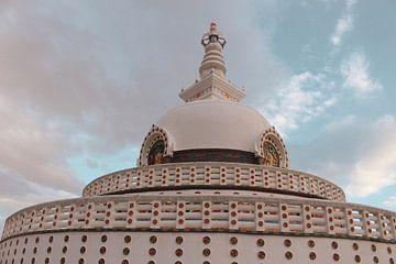Shanti Stupa in Leh van yourtravelreporter
