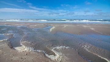 Zand, zee, schuim van Pieter Heres