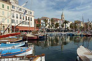 Authentieke pandjes rondom een idyllisch Frans vissershaventje