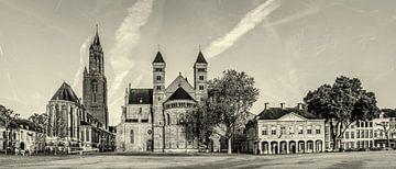 Vriethof - Mestreech, Vrijthof - Maastricht - Vintage - zwart wit look van