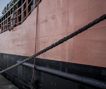 Havenfotografie touwen en Scheepsromp van scheepskijkerhavenfotografie