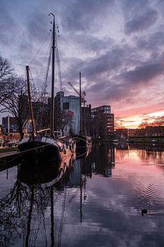 Sonnenuntergang über der Meelfabriek Leiden von Eric van den Bandt