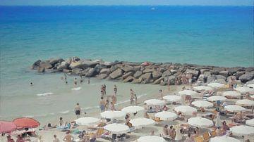 Italië - Gezelligheid aan het Strand onder de Parasols - San Remo  - Italiaanse Rivièra - Schilderij