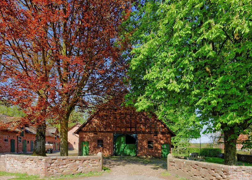Picturesque Farm House van Gisela Scheffbuch