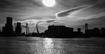 Rotterdam Skyline (zwart wit) van John Ouwens