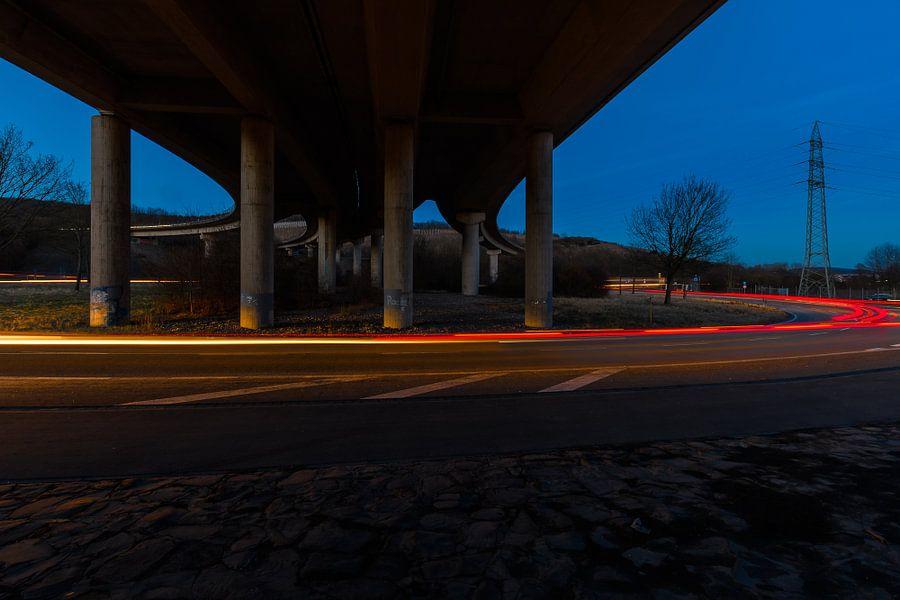 unter der Brücke van Heinz Grates