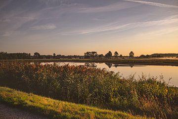 Sonnenaufgang im Naturschutzgebiet Bourgoyen - Ossemeersen, Gent, Belgien von Daan Duvillier