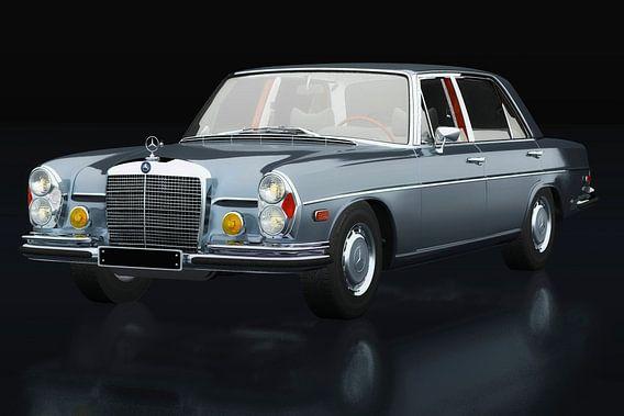 Mercedes 300 SEL driekwart zicht
