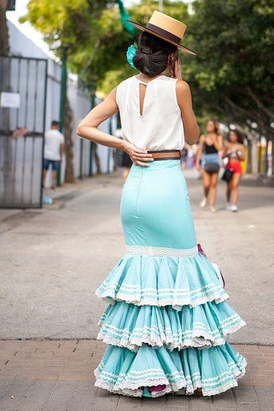 Andalusie - Traditionele jurk tijdens Feria de Málaga van Gerard van de Werken