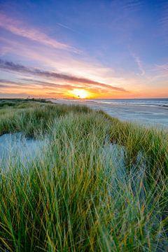 sunset dunes van Danny Taheij