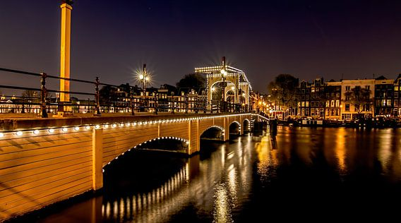 'De Magere Brug' - Amsterdam By Night