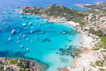 Zwevende boten bij de Maddalena eilanden, Sardinië van Bernardine de Laat