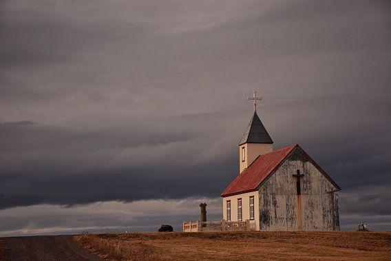 Kerkje in Noord-IJsland van Elisa Hanssen