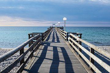 Seebrücke an der Ostseeküste in Rerik von Rico Ködder