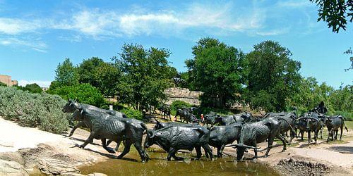 Dallas Pioneer Plaza Cattle Drive Monument sur