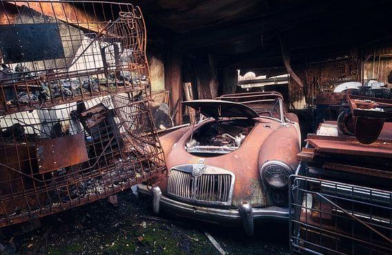 Verlaten Auto in Garage.