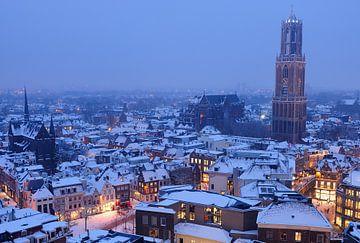 Besneeuwde binnenstad van Utrecht van Donker Utrecht