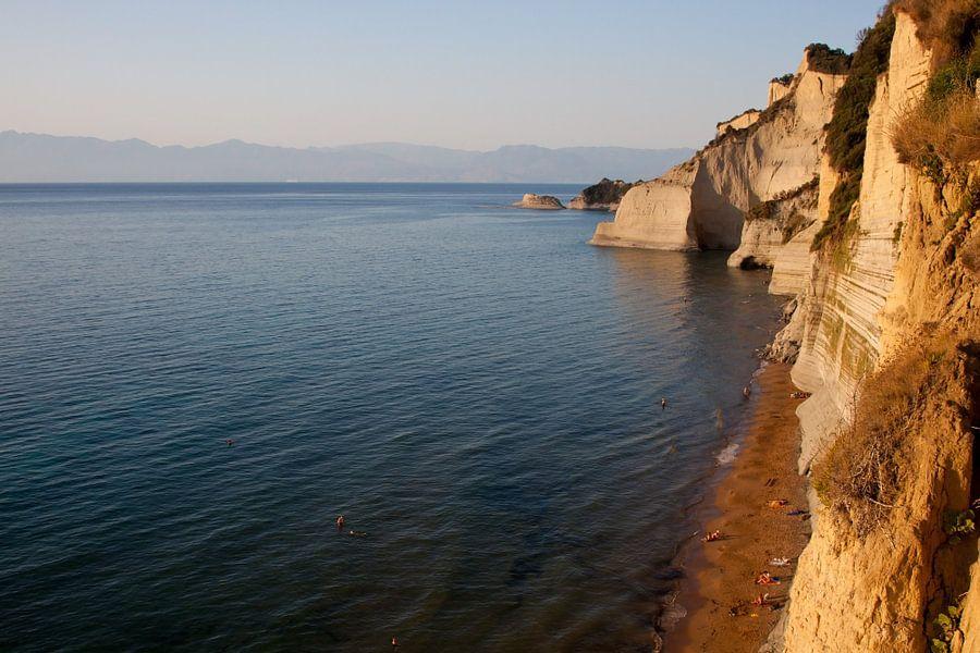 Corfu rocks van Guido Akster
