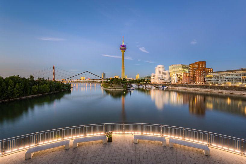 Dusseldorf Media Harbor and Rhine Tower van Michael Valjak