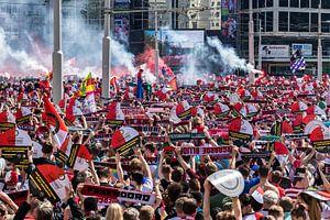 Feest en vreugede bij de huldiging op de coolsingel van Feyenoord Rotterdam van