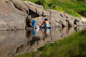Leven met de rivier in zuid Suriname van rene marcel originals
