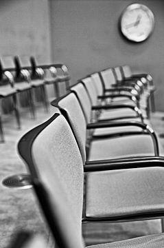 stoelen, chairs von Renata Jansen
