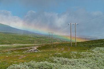 Regenbogen auf dem Polarkreis. von Axel Weidner