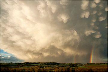 Regenboog wolken van peter reinders