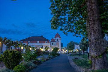 Avond in Bad Neuenahr van Heinz Grates