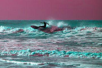 Laatste golf voor de storm in roze von Wen van  Gampelaere