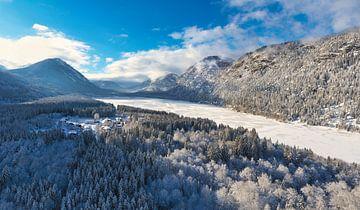 Sylvenstein-stuwmeer in de winter van Einhorn Fotografie