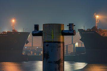 Rotterdam Harbour 1 van Erik de Jong