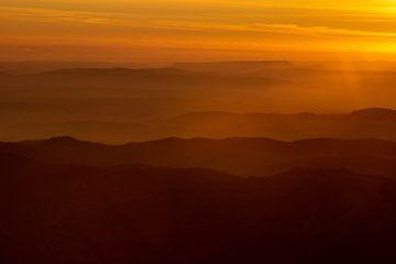 Endlose Berge von Axel Weidner