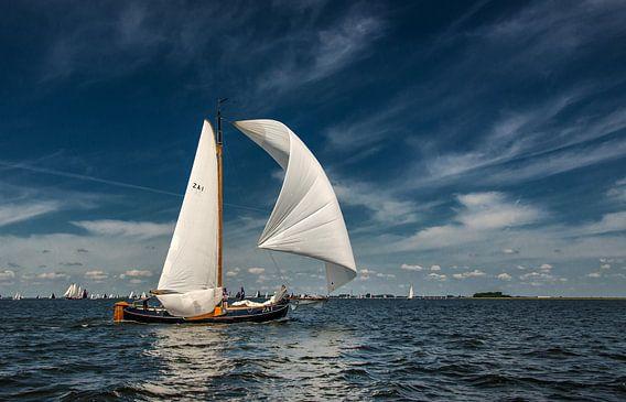 Zeilen op t IJsselmeer