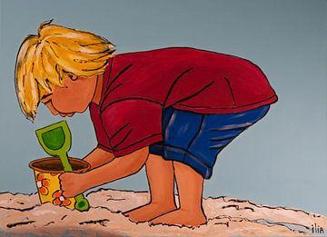 Jongen spelend op het strand von Ilia Berends