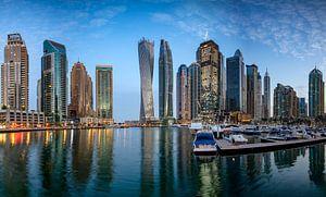 Dubai Marina bij zonsopgang