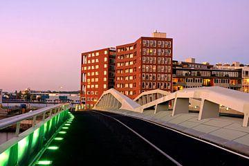 Jan Schaeferbrug in Amsterdam Nederland bij zonsondergang van Nisangha Masselink