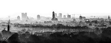 Der Dom Tower wacht über Utrecht. von De Utrechtse Internet Courant (DUIC)
