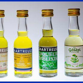 zes kleine flesjes Chartreuse van arjan doornbos