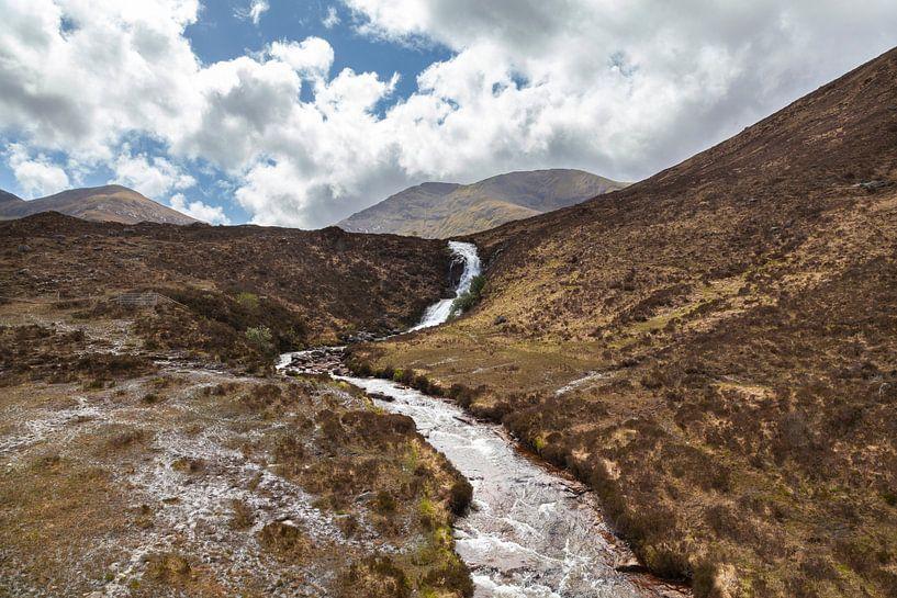 Wunderschöne Landschaft auf der Isle of Skye, Schottland von Nel Diepstraten